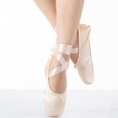 Child And Adult Ballet Pointe Dance Shoes Ladies Professional Ballet Dance Shoes with Ribbons Woman Shoes