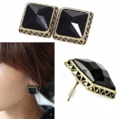1 Pair Retro Fashion Beauty Black Crystal Square Stud Earrings Jewelry New Gifts