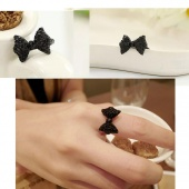 Lovely Cute Lady Girl's Black Rhinestone Bowknot Bow Tie/ Butterfly Ring Fashion Jewelry